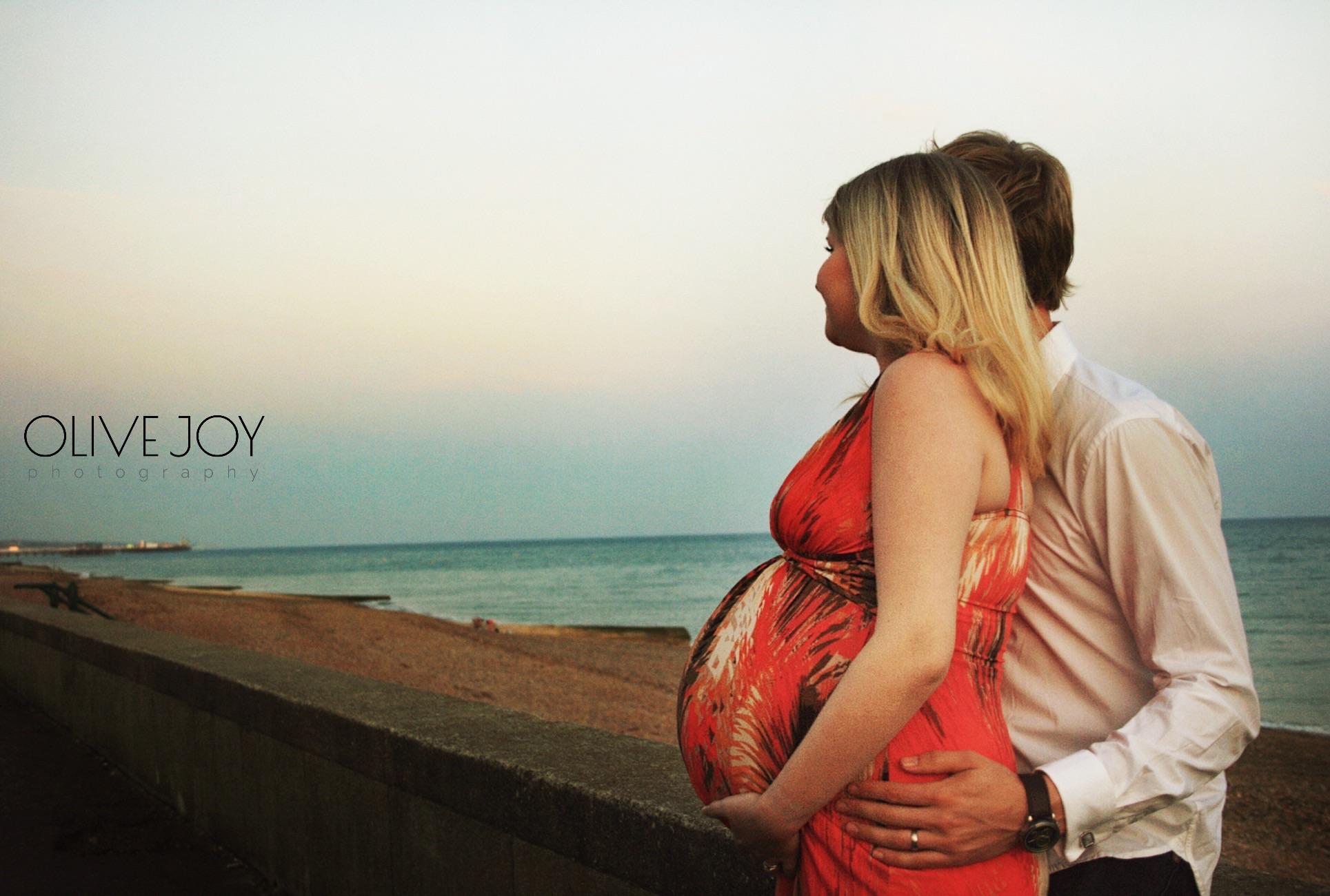 Brighton Beach Maternity Photoshoot