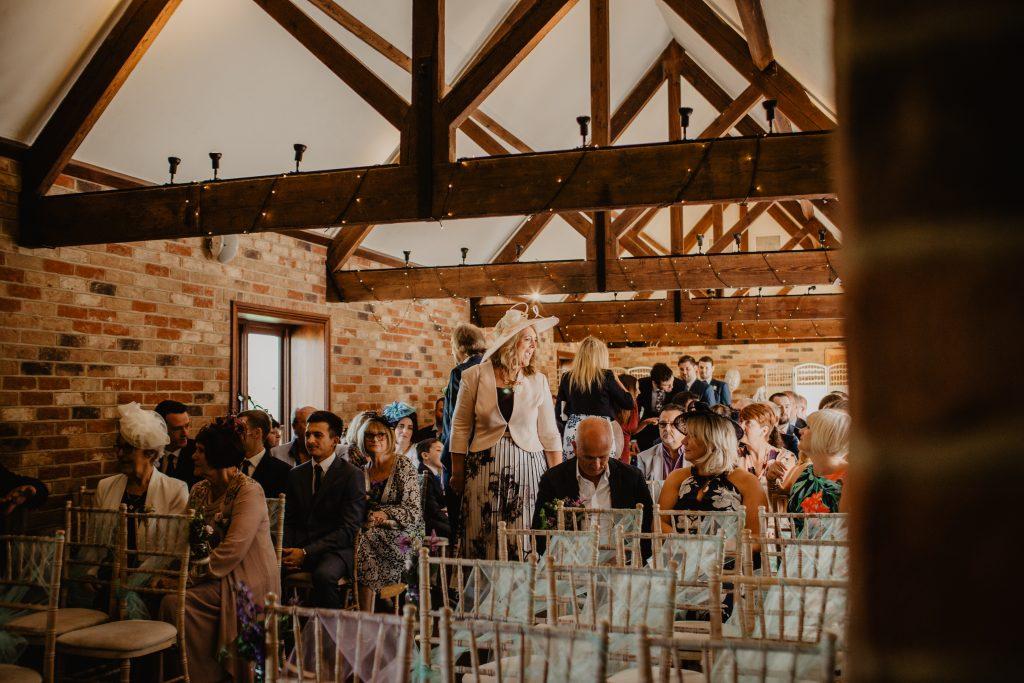 long furlong barn wedding 14
