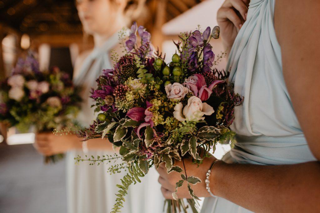 long furlong barn wedding 21