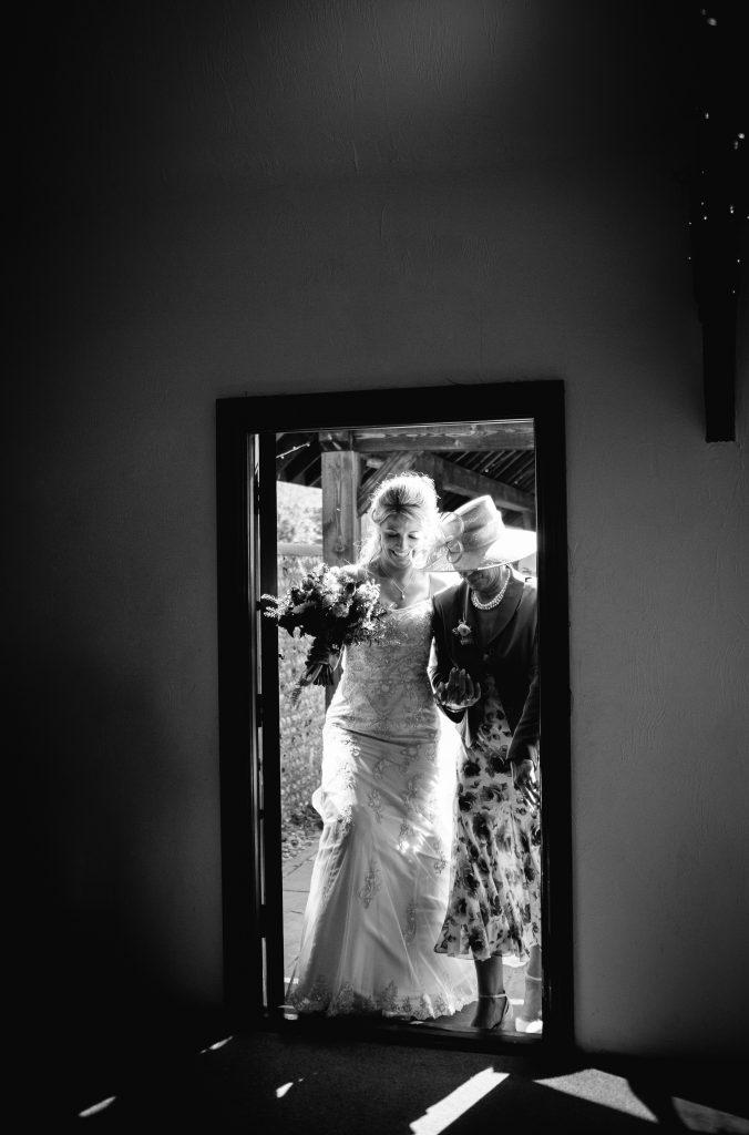 long furlong barn wedding 28