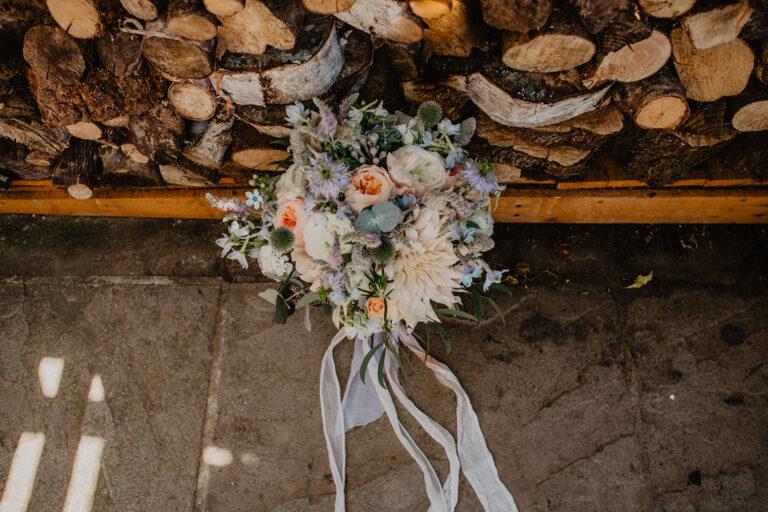 cissbury barn wedding photography 08