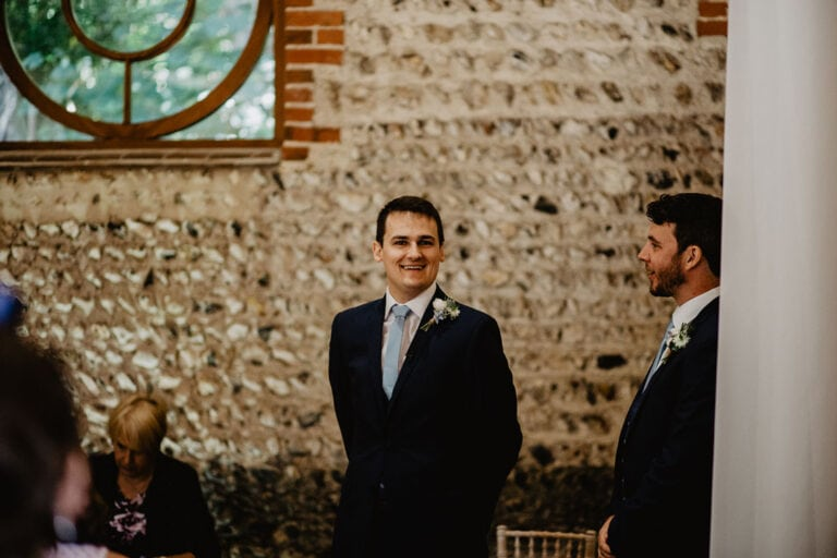 cissbury barn wedding photography 23
