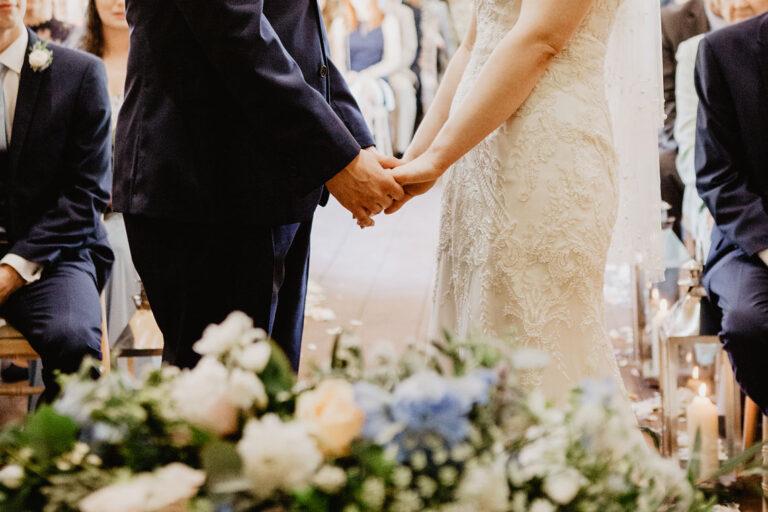 cissbury barn wedding photography 27