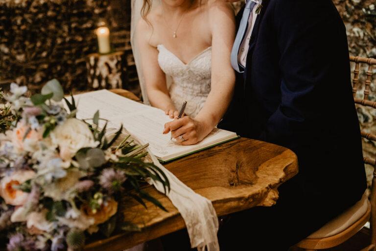 cissbury barn wedding photography 32