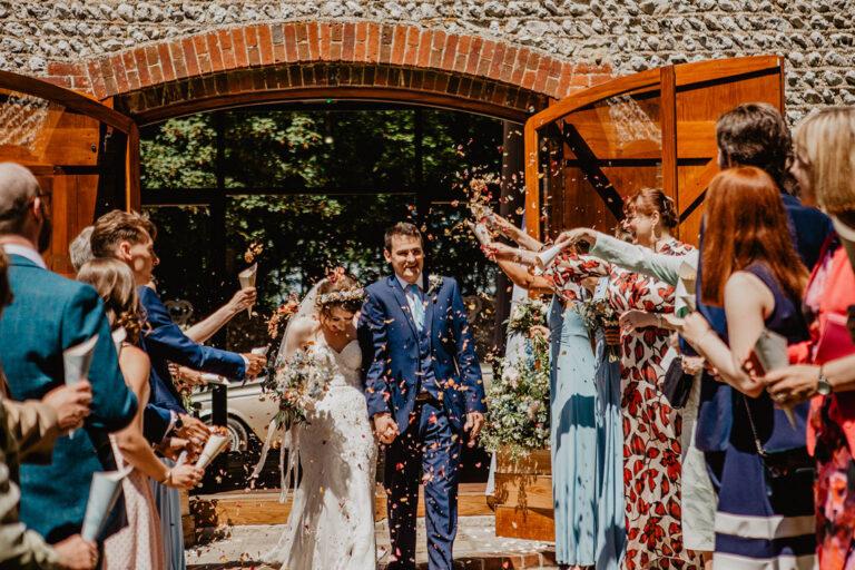 cissbury barn wedding photography 34